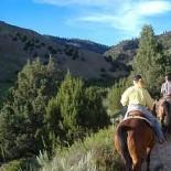 andrus-ranch-horseback