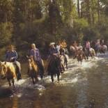 greenhorn-creek-ranch-horseback