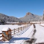 lower-lake-ranch-entrance