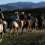 paradise-ranch-wy-horseback