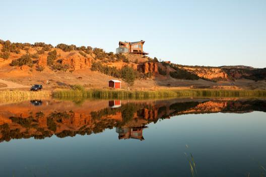 Red Reflet Ranch - Men's Journal 5