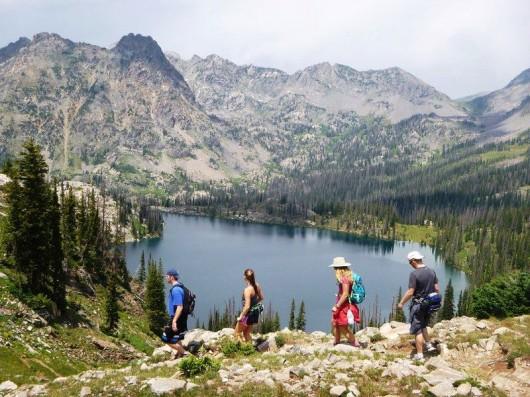 vista-verde-ranch-hiking