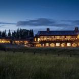 brush-creek-ranch-lodge-exterior