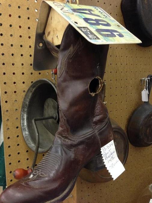 cowboy-boot-birdhouse