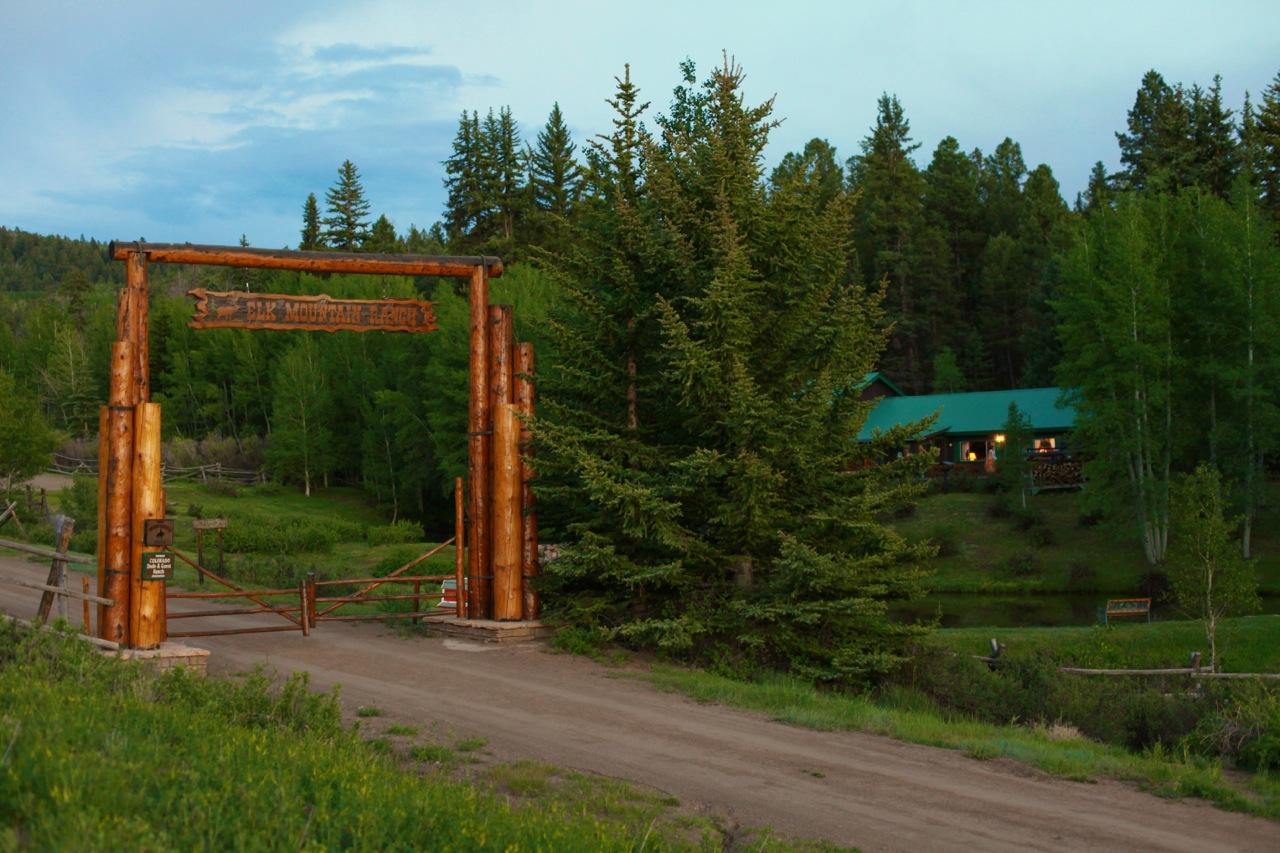 Elk Mountain Ranch Info Pics Maps More Duderanch Com