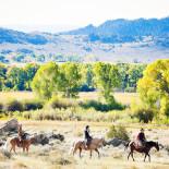 shae-barkhurst-brush-creek-ranch-horseback-ride